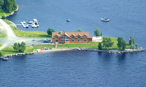 Maine bed and breakfast with waterfront on South Twin Lake in Millinocket
